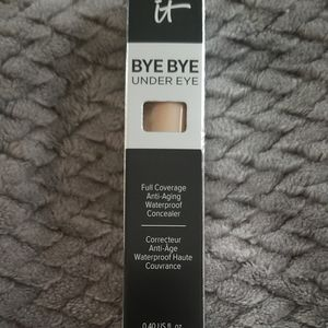 It Cosmetics Bye Bye Concealer Light Natural